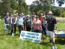 Le personnel du secrétariat sur le site de protection des terres de Snug